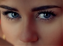 23_MILEY_CYRUS_KISSTHEMGOODBYE_NET_0226.jpg
